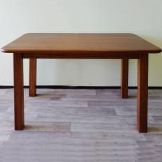 שולחן אוכל עץ מלא 6 סועדים