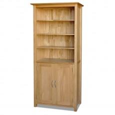 ספריה מעץ מלא אלון עם דלתות