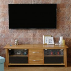 OAK GLAZED TV CABINET