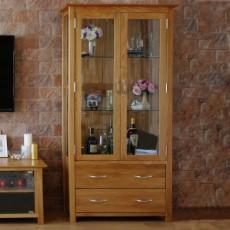 ויטרינה מעץ אלון מלא 2 דלתות ו2 מגירות דגם לונדון